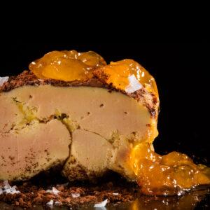 Foie gras mi-cuit con albaricoque y cacao. Greco Foie gras