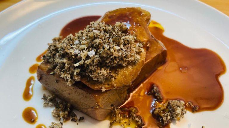Tataki de atún con Foie gras