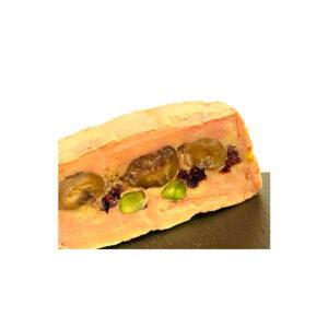Terrina de foie gras con castañas, pistachos y pasas de Corinto.